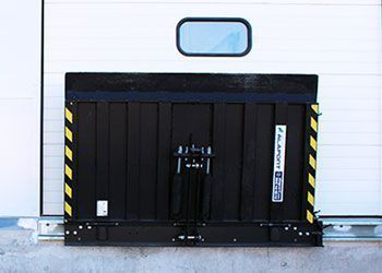pasarela mecánica andén de carga