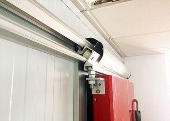 perfil guía puerta corredera frigorífica industrial