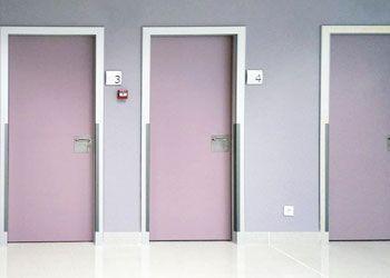 puerta habitaciones de hospital y clínicas