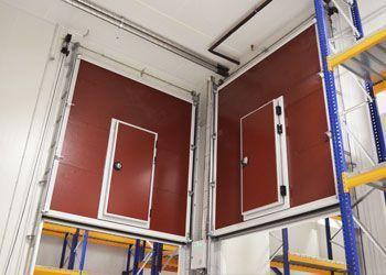 instalación puertas guillotinas para cámara frigorífica