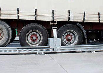retenedor de camiones andén